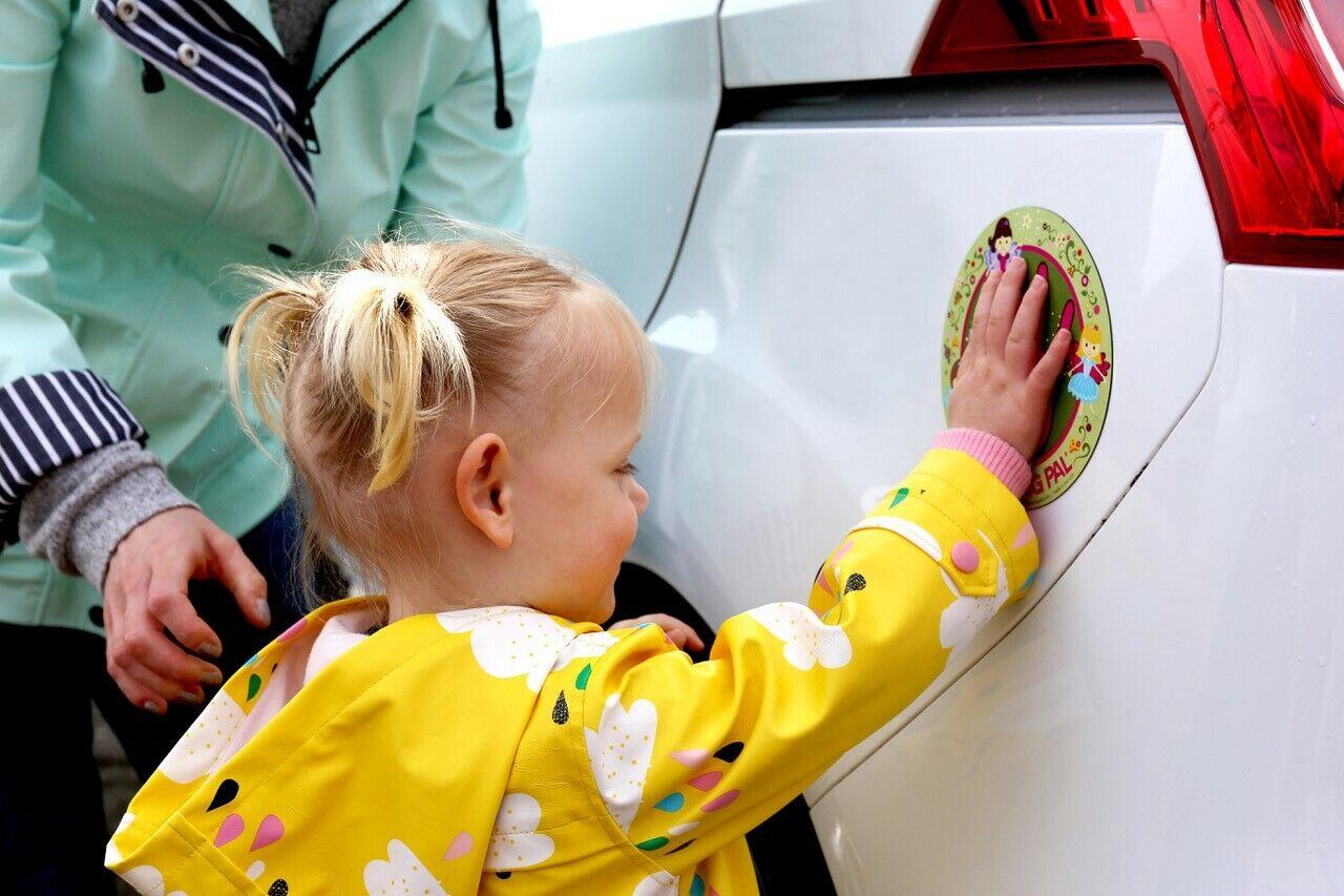 Parking Pal car magnet child road safety UK seller Digger design
