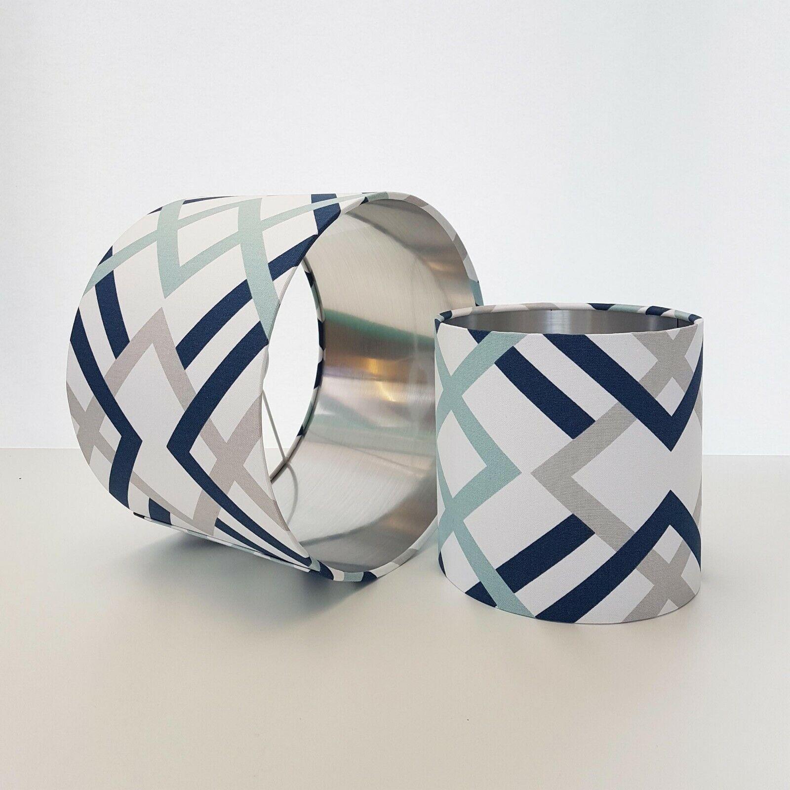 prezzi più bassi Paralume bianco e blu navy con argento argento argento metallizzato grigio Scandinavian geometrico  disegni esclusivi