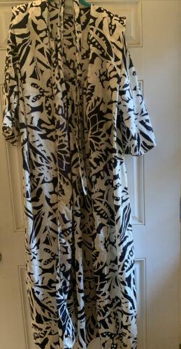Mary mcfadden robe