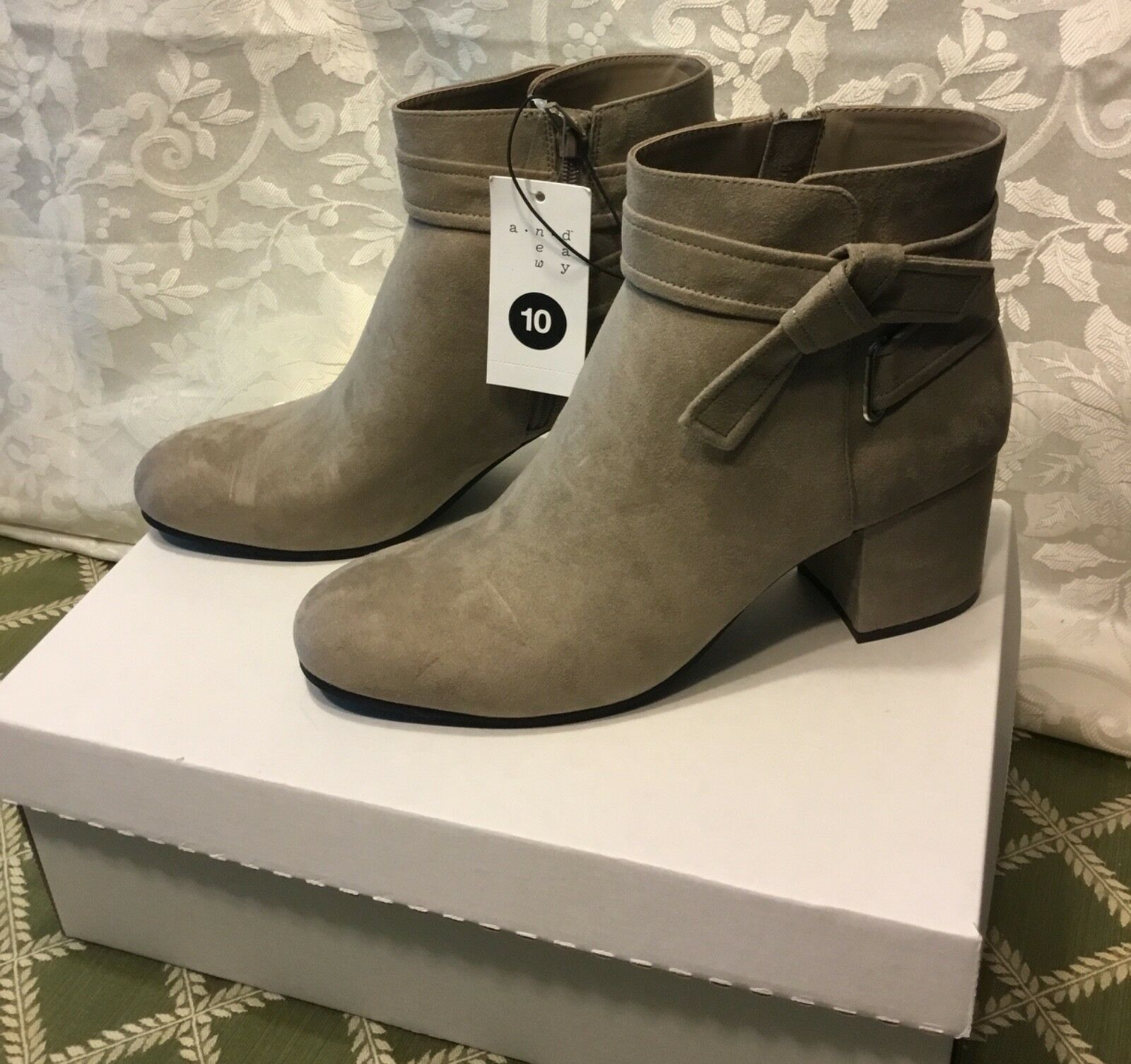 A New Day Womens Shoes Booties Mary Tie Heeled Sz 9.5 Gray NEW