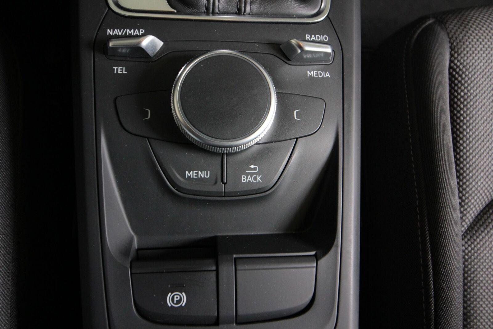 Audi Q2 TDi 116 Sport S-tr.