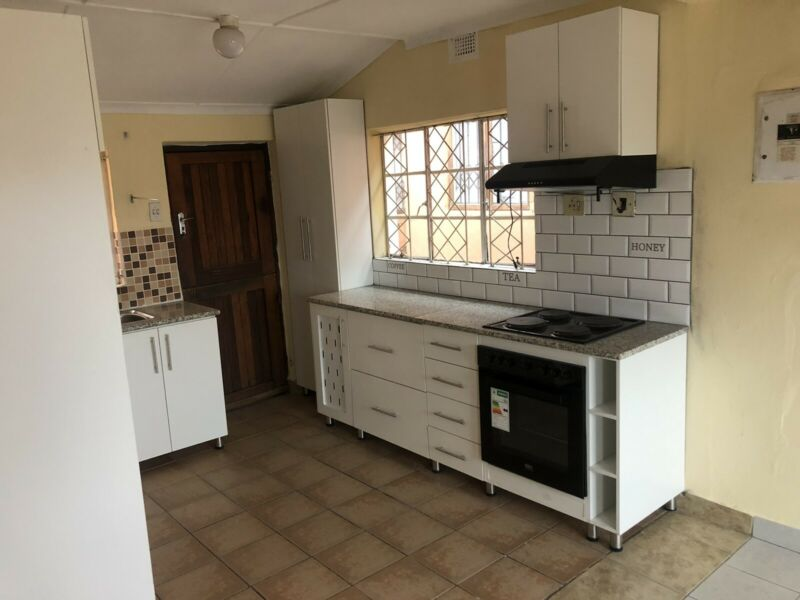 2 bed house to rent in Umlazi