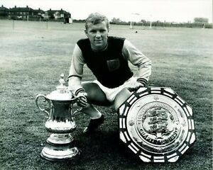 Bobby-Moore-With-FA-Cup-Charity-Shield-10x8-Photo