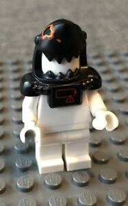 TORSO X 1,PARTS New LEGO MINIFIGURES NINJAGO MOVIE MASTER WU