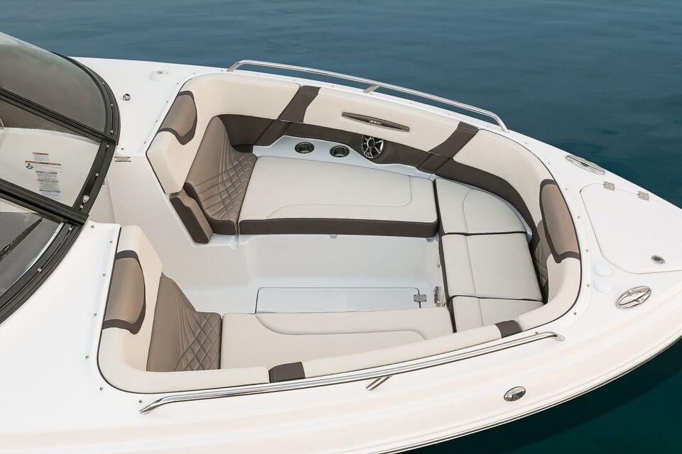 Chaparral, Motorbåd, fod 30