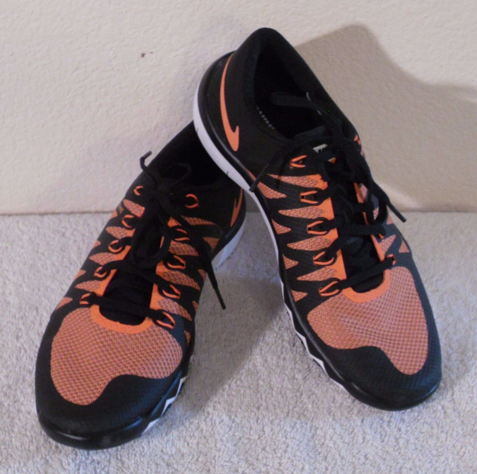 NEW Nike Free Trainer 5.0 V6 Mens Training Shoes 7.5 Black/Orange MSRPPrice reduction Wild casual shoes