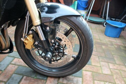 TRIUMPH STREET TRIPLE 765 RS FRONT /& REAR AXLE CRASH MUSHROOMS PROTECTOR S17Y
