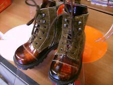 Scarpe stivali bambina CHICCO NR. 26 in pelle Euro 72 stile anfibio NUOVE!