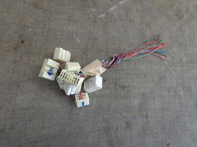 01 camry fuse box location engine fuse box wire harness 3 0 v6 toyota camry le 97 98 99 00 01  wire harness 3 0 v6 toyota camry le