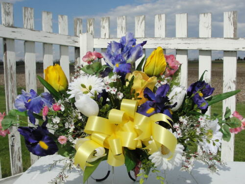 Valentine Grave Cemetery Tombstone Saddle Easter Spring Summer Flower Mother Day