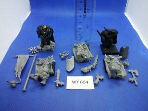 Warhammer-Fantasy-Chaos-Warriors-x5-WF654