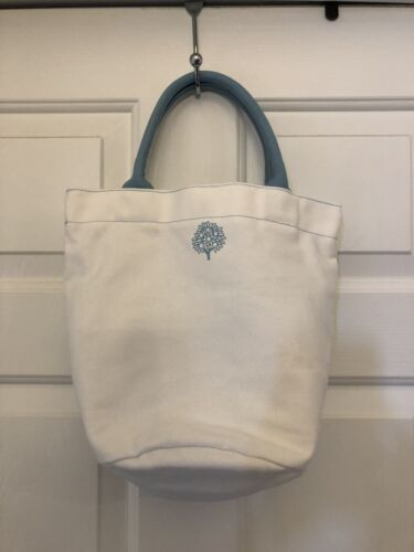 Crabtree Evelyn White and Light Blue canvas bucket tote bag