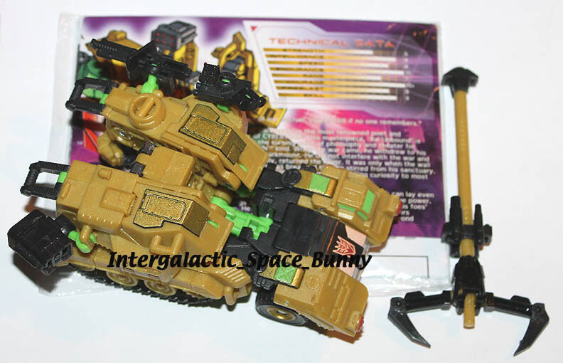 Transformers Botcon 2012 Darkmount Spraxus 100% Complete