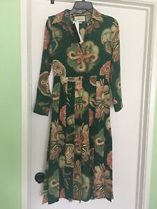 d7f03fa47 $3500 Gucci AUTH Pleated Sea Motif Print Silk Crepe de Chine Midi ...