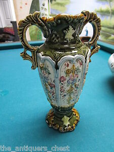 Antique-ENGLISH-ALHAMBRIAN-MAJOLICA-vase-gorgeous-colors-B