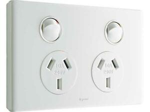 Legrand DOMESTIC POWER OUTLETS ED777WE 10A 2-Sockets, 3-Pin Flat, Standard