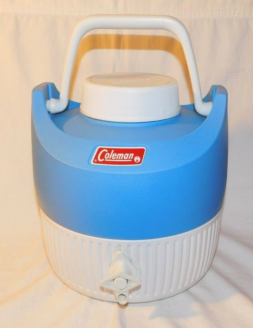 Cool old Coleman bluee and White Water Cooler FREE SHIPPING