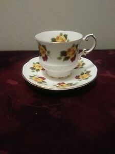 Elizabethan Fine Bone China Teacup and Saucer Yellow and Red Roses 2623