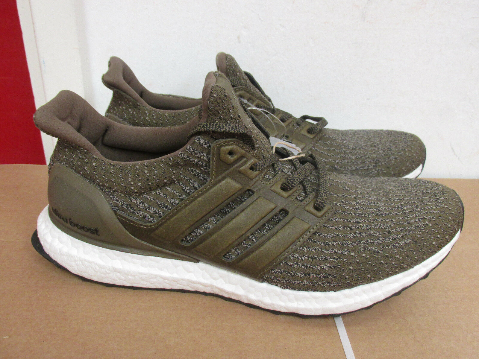 Adidas ultraboost S82018 mens trainers sneakers SAMPLE