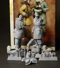 1/35 scale resin model figures kit WW2 German Officers
