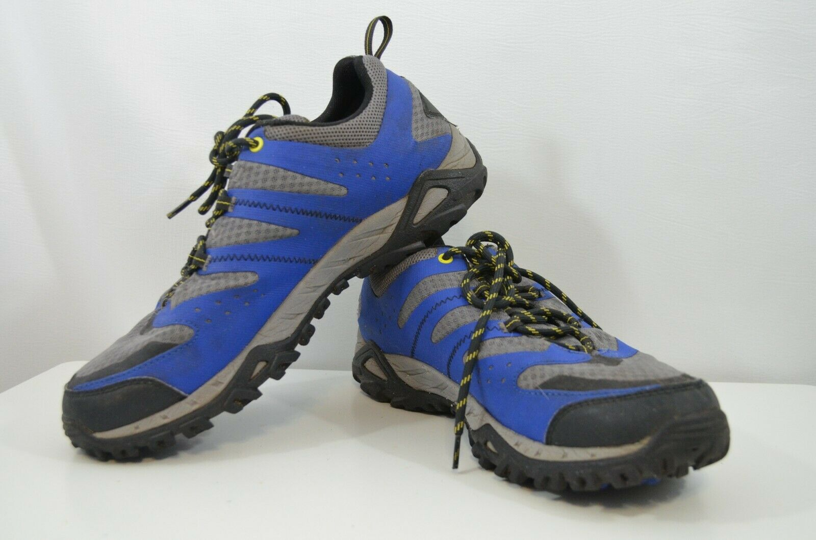 COLUMBIA Mens Omni-Grip Techlite Hiking shoes grey and bluee SZ 11.5
