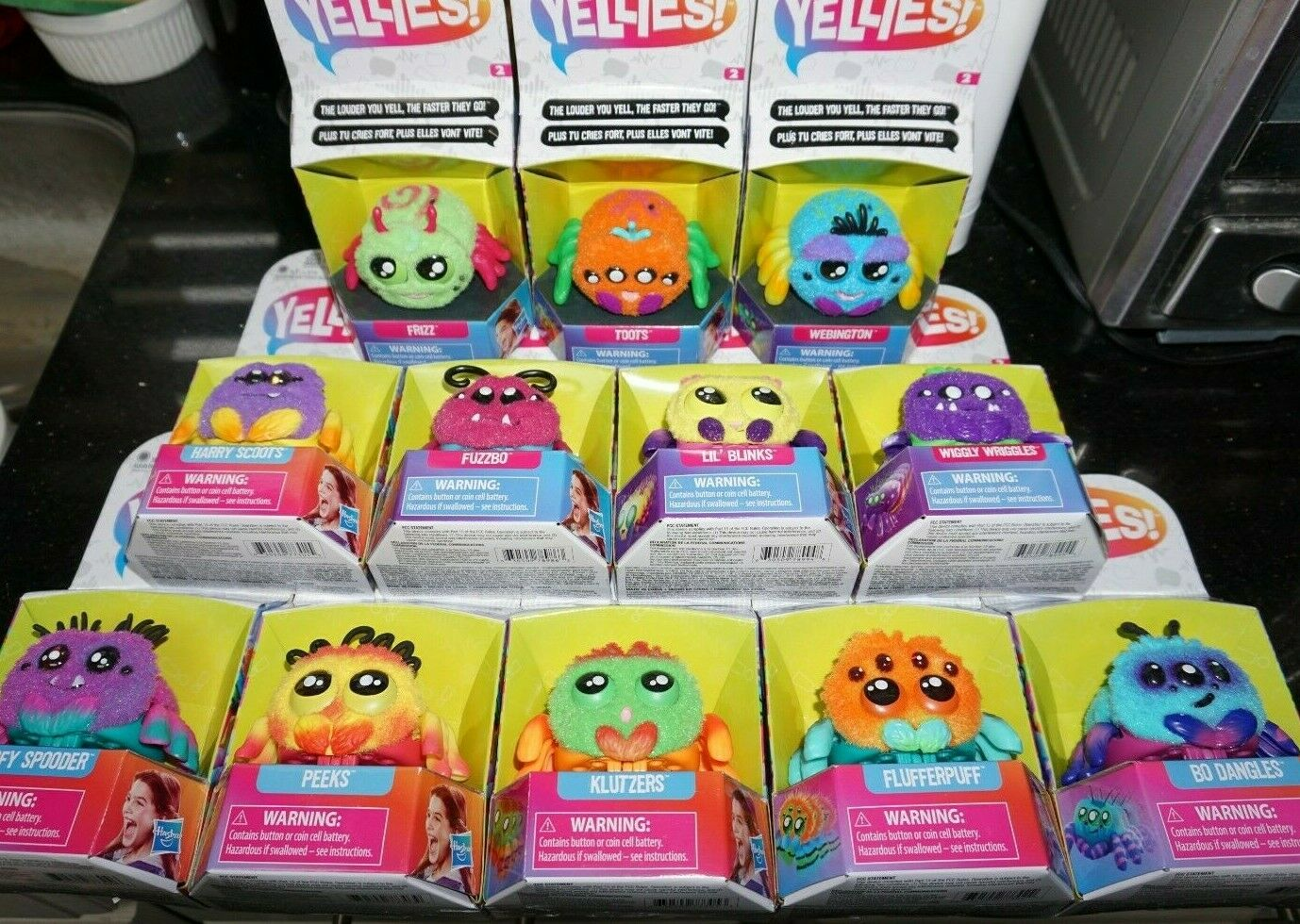 Hasbro Yellies  Electronic Voice Activated Spider Pet WAVE 1 + 2 SET OF 12 NEW