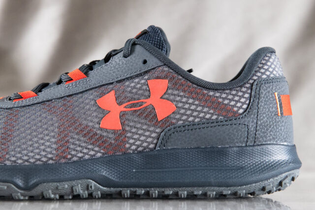a38769b6f0a1 NEW Under Armour sz 9.5 Toccoa Men s 4E Sneakers Trail Running Shoes ...