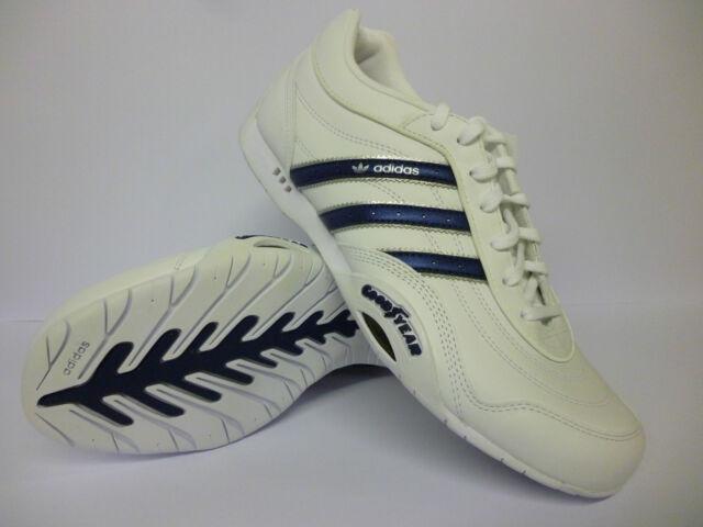 984307f8cf68 Garçons Adidas GOODYEAR chicane K Baskets Blanc Bleu Bargain £ 21.99 ...