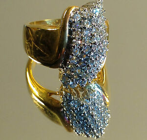 Beautiful-Brilliant-HIS-HERs-Quality-Gold-Ring-Multiple-stoned-Swarovski-NEW