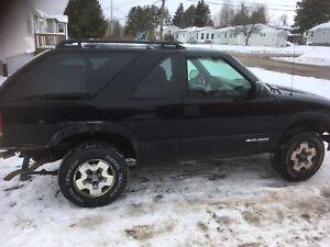 Mud truck 2005 Blazer 2 door