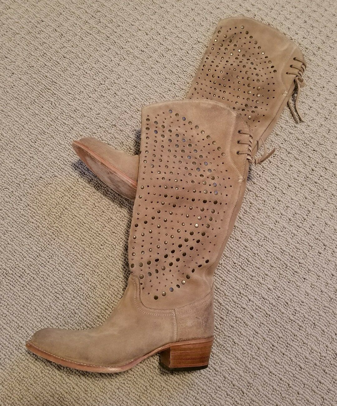 FRYE Deborah Lace Back Studded Tall Stiefel damen SZ 7 Sand Suede  498