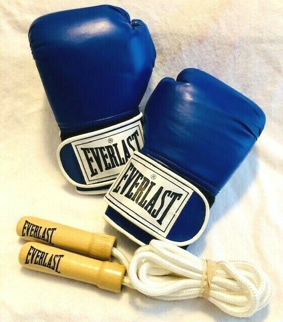 Everlast Boxing G s & Jumprope Set bluee 8oz EUC   lowest whole network