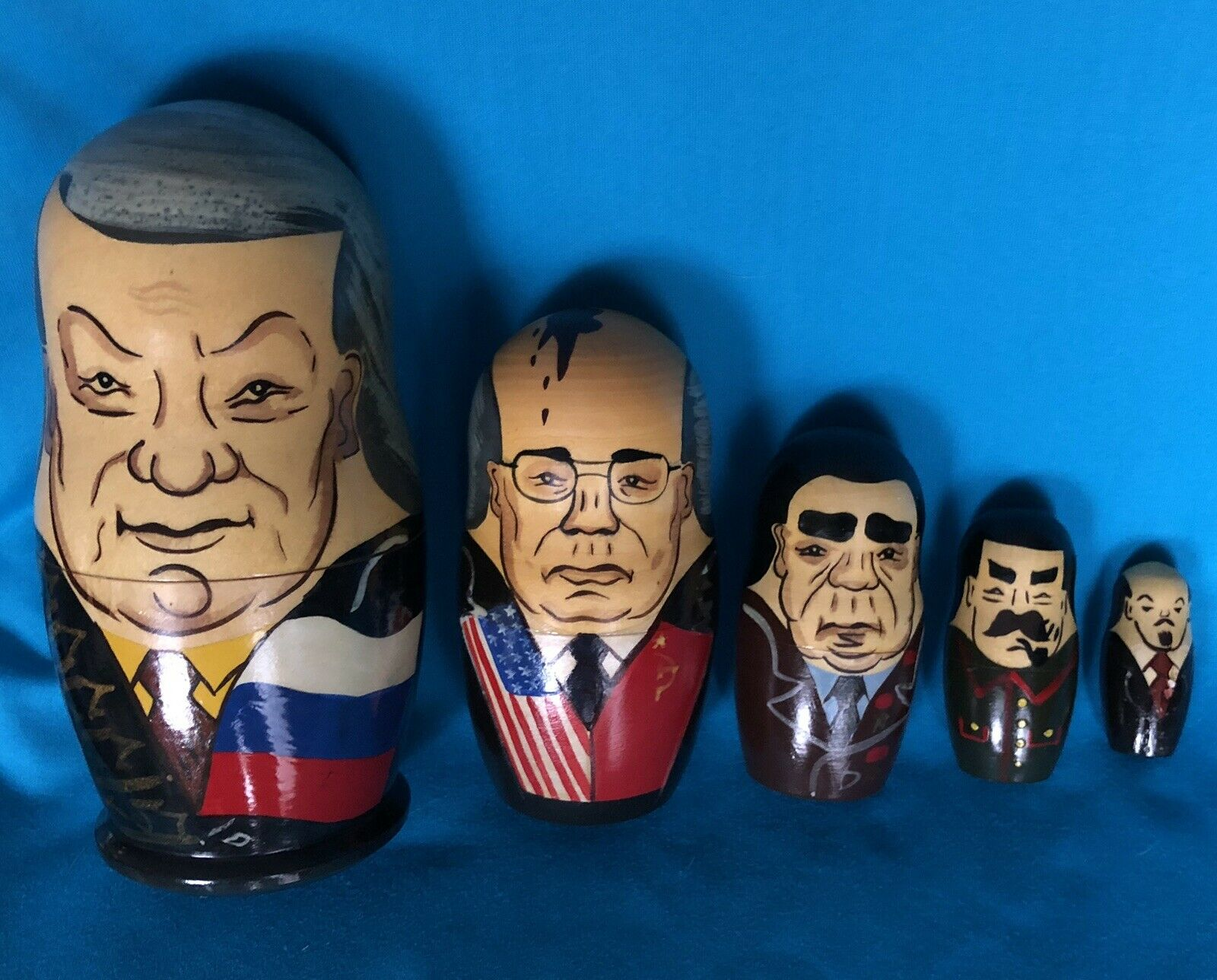 Main lathed et peint les dirigeants russes poupées russes
