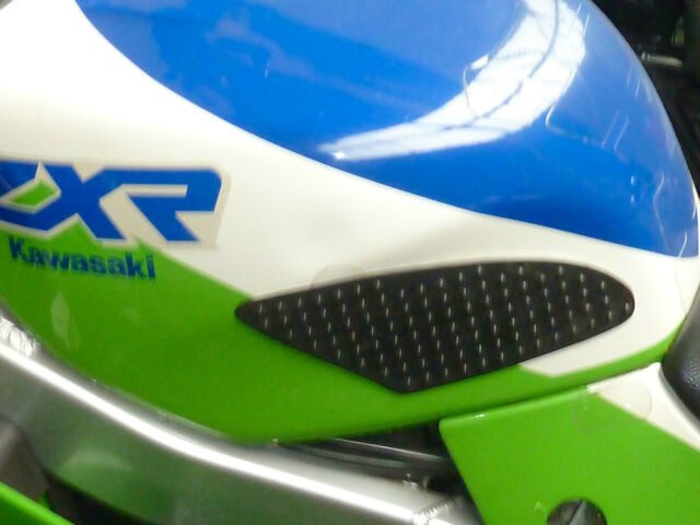 KAWASAKI  ZXR750 ALL YEARS  Traction tank pads GRIPPER STOMP GRIPS EASY RG1