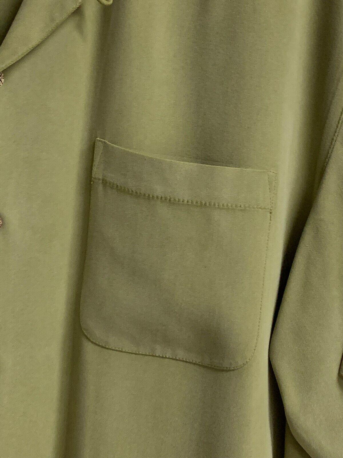 Green Tommy Bahama 100% Silk Shirt - image 5