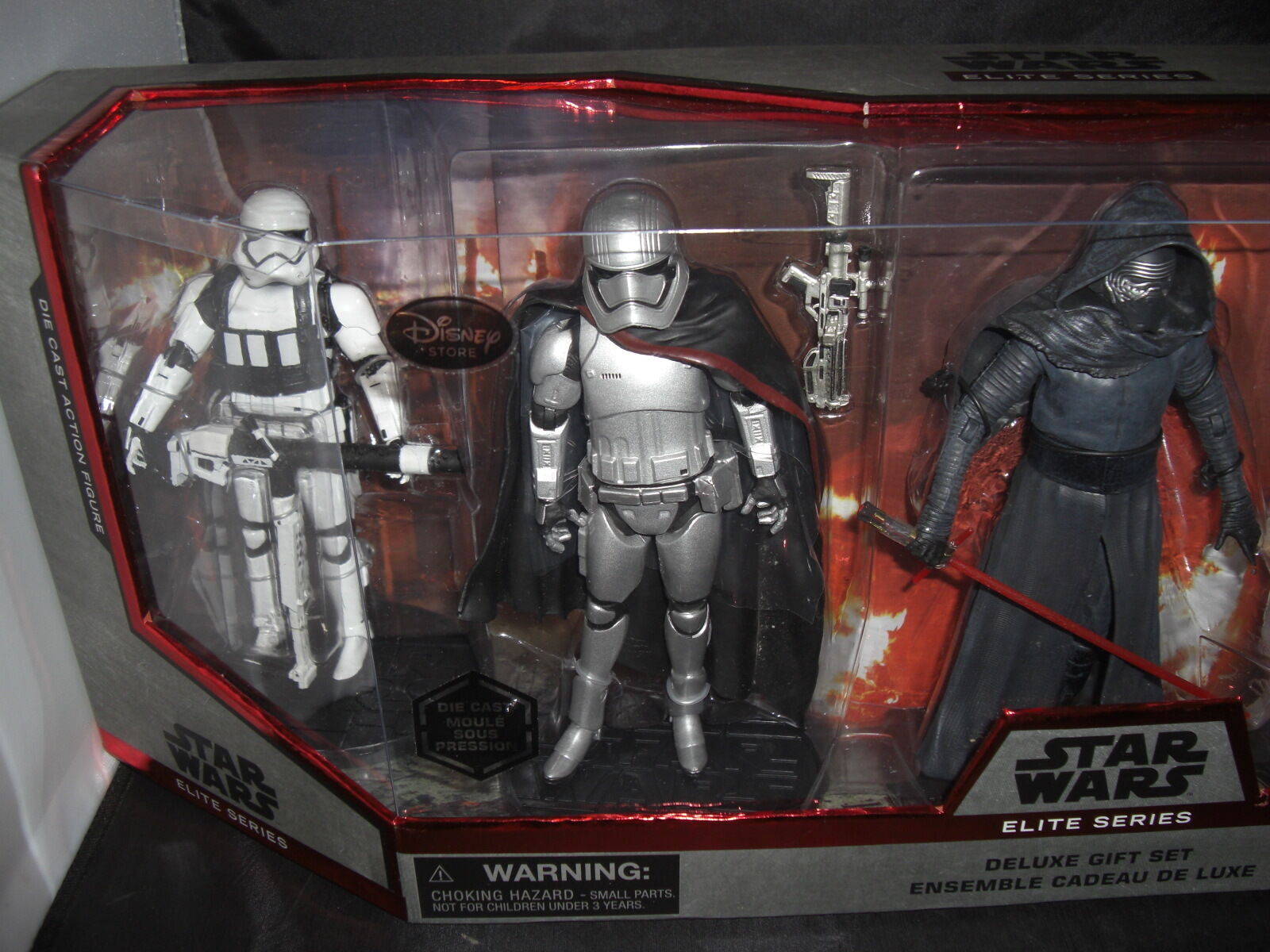 Star Wars The The The Force Awakens Elite Series Deluxe Gift Set b3aa18