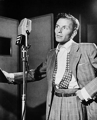Art print POSTER Frank Sinatra at Microphone