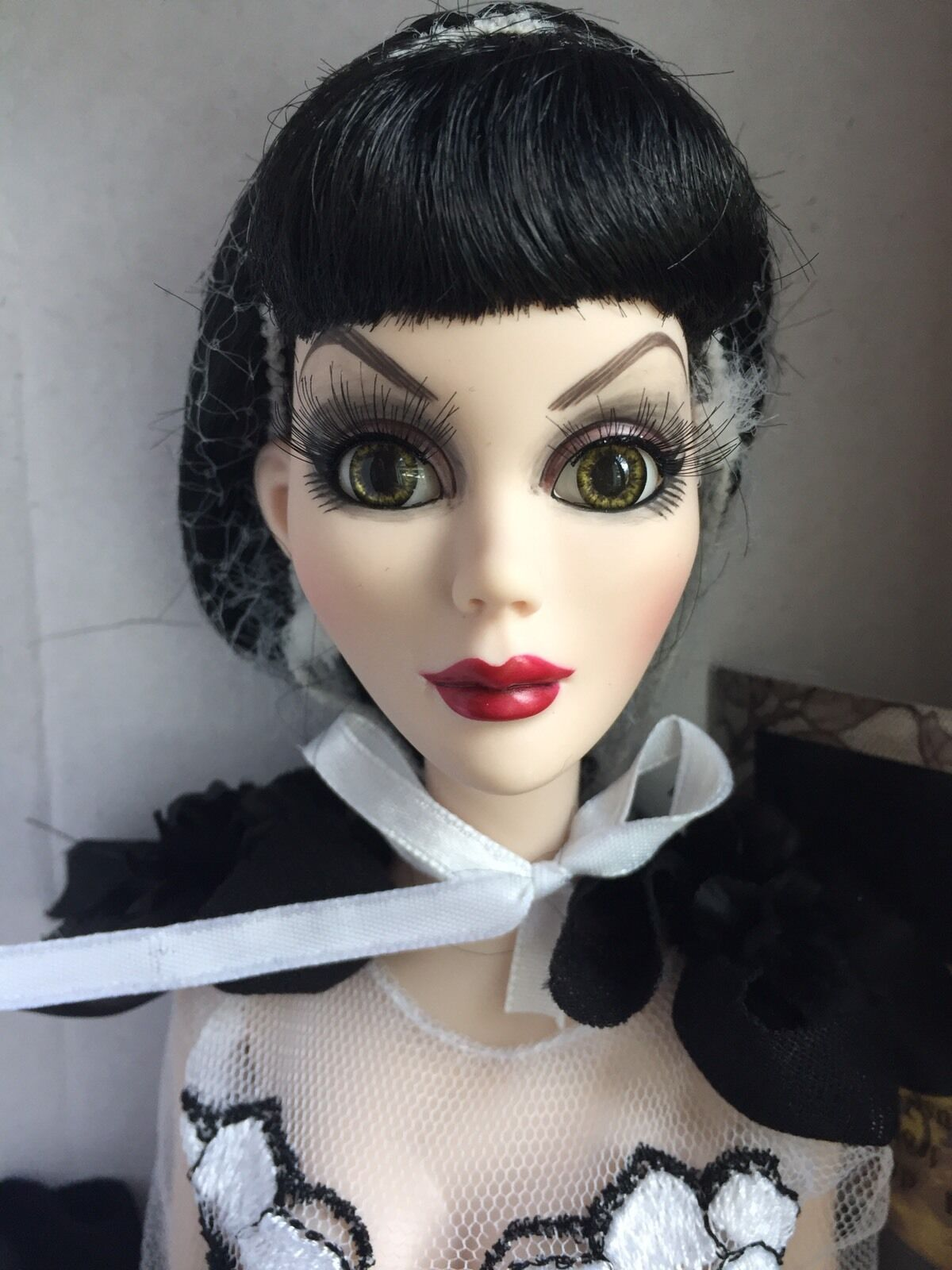 Tonner Wilde Imagination Evangeline Orribile da Sera Night Shade 18.5   Bambola