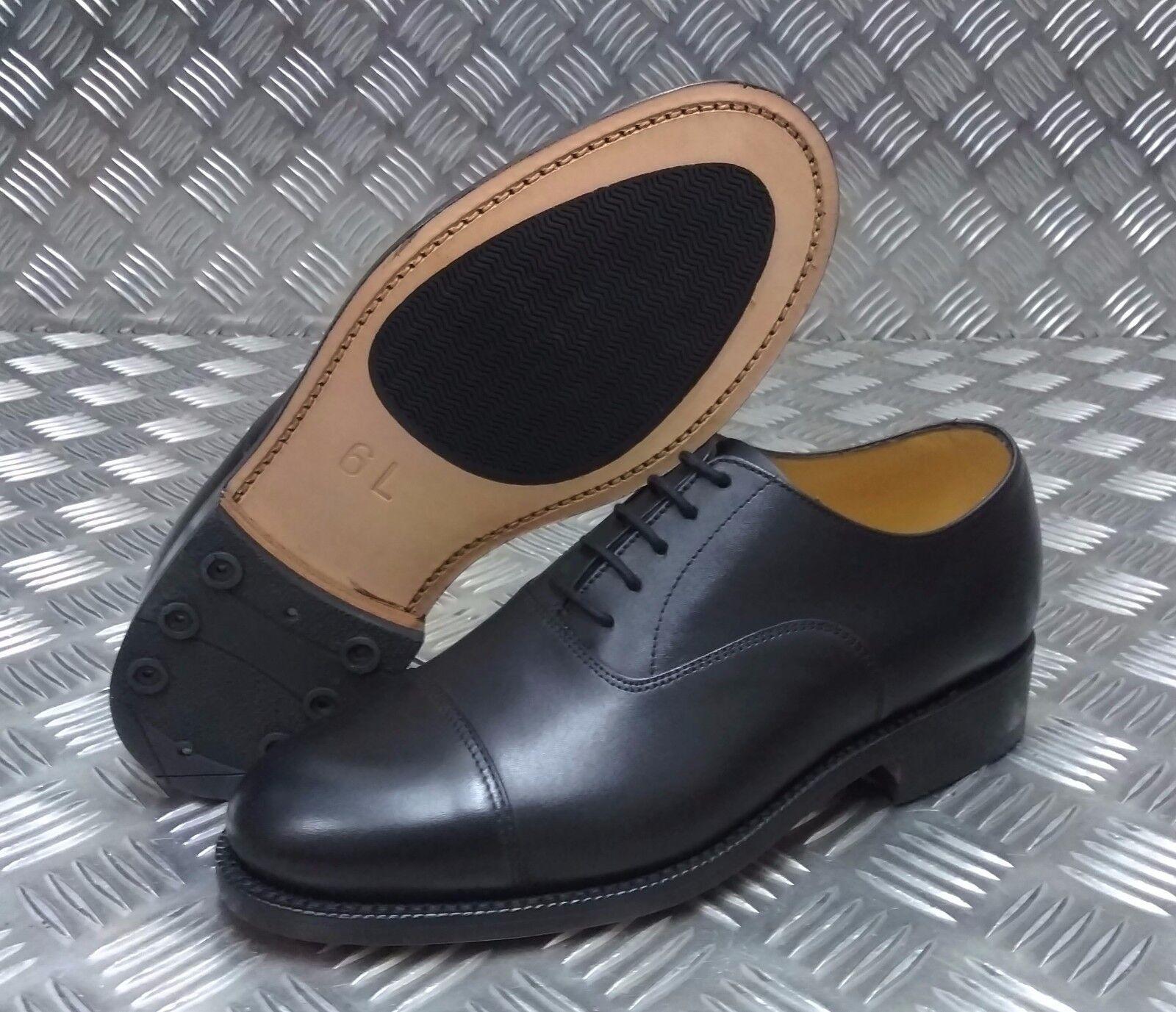 Echt British Military schwarzes Leder Service Schuhe Stahlkappen Größe 6L - NEU