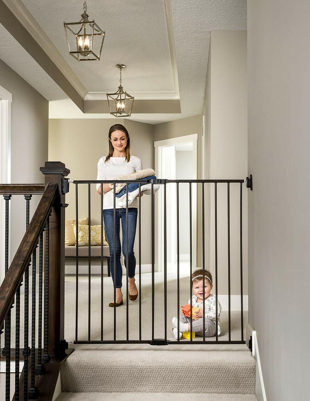 Regalo 2 In 1 Extra Tall Easy Swing Stairway And Hallway Walk Through Baby Gate For Sale Online Ebay