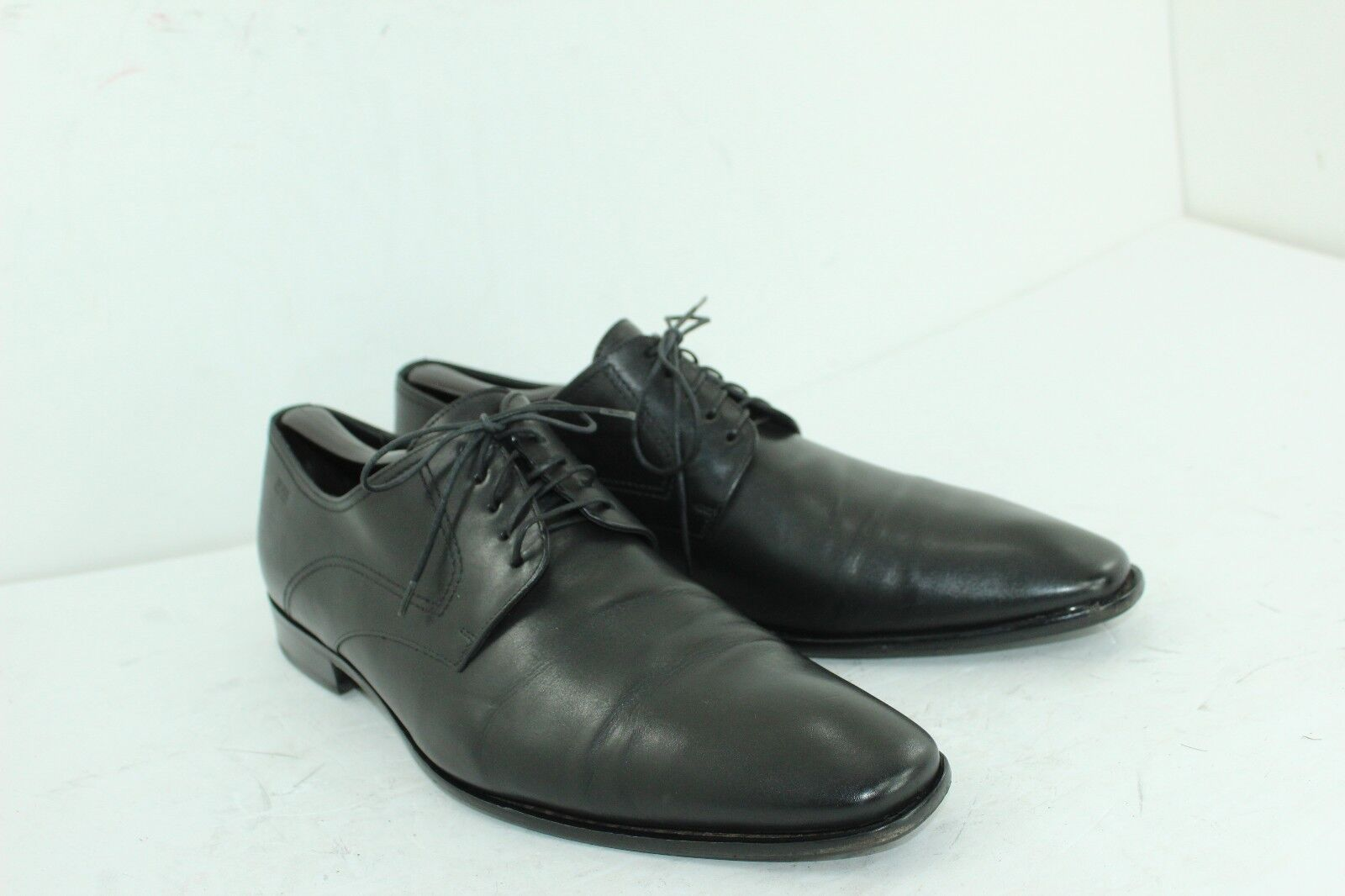 HUGO BOSS chaussures Taille UK 10.5 US Taille 11.5 noir LEATHER IN GOOD CONDITION