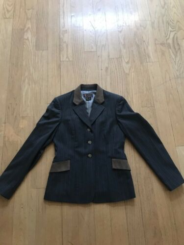 Ariat Pro Series show coat GREAT CONDITION NEED TO SEEL FAST
