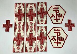 A-amp-o-Px-Cruz-Vestment-Emblems-Banda-Rojo-Encendido-Blanco-8-PC-Lote-Paquete