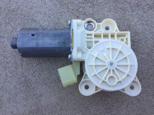 Mercedes W211 E-Class Front Right Window Motor Regulator A2118203042 BLU JAS