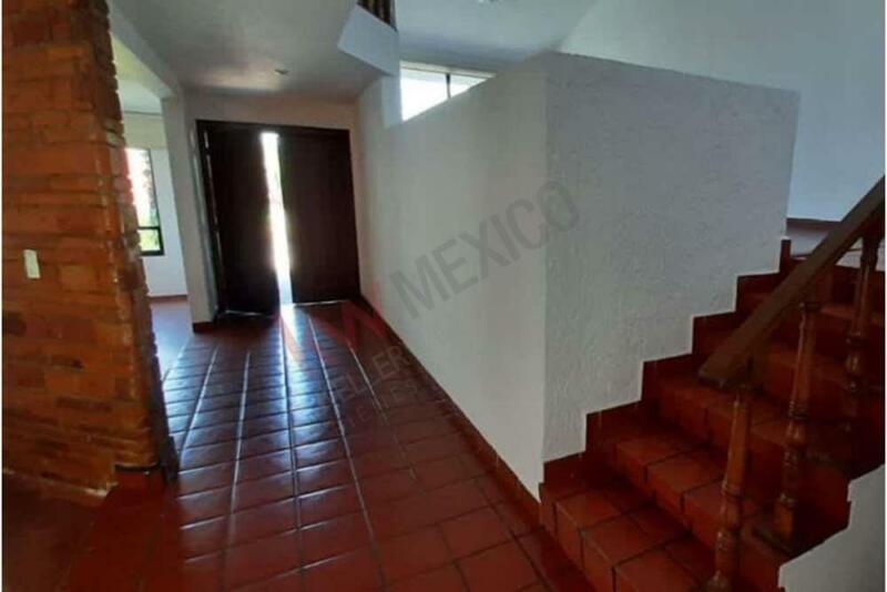 VENTA DE CASA EN RESIDENCIAL COUNTRY CLUB, METEPEC 450 MTS DE TERENO $ 10,990,000.00