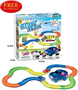 DEL Glow Track in the Dark Bend Flex COURSE AUTOMOBILE Fun Ensemble Cadeau Avec Multi Track