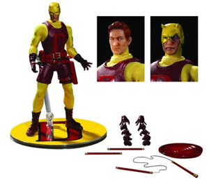 Marvel Mezco PX Previews Yellow Daredevil One 12 Scale Action Figure