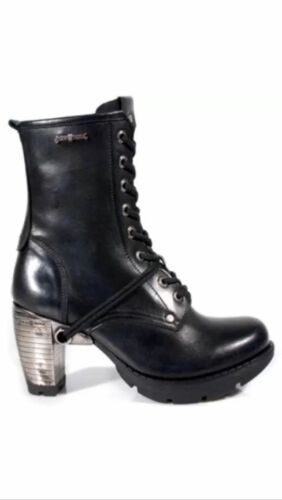 New Rock TR001-S1 ladies classic Black Leather Lace Up with side zip biker Boots