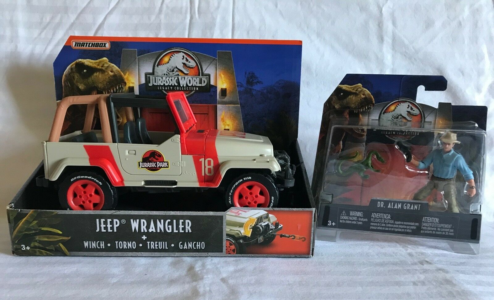 JURASSIC WORLD LEGACY COLLECTION JURASSIC PARK JEEP WRANGLER & ALAN GRANT FIGURE