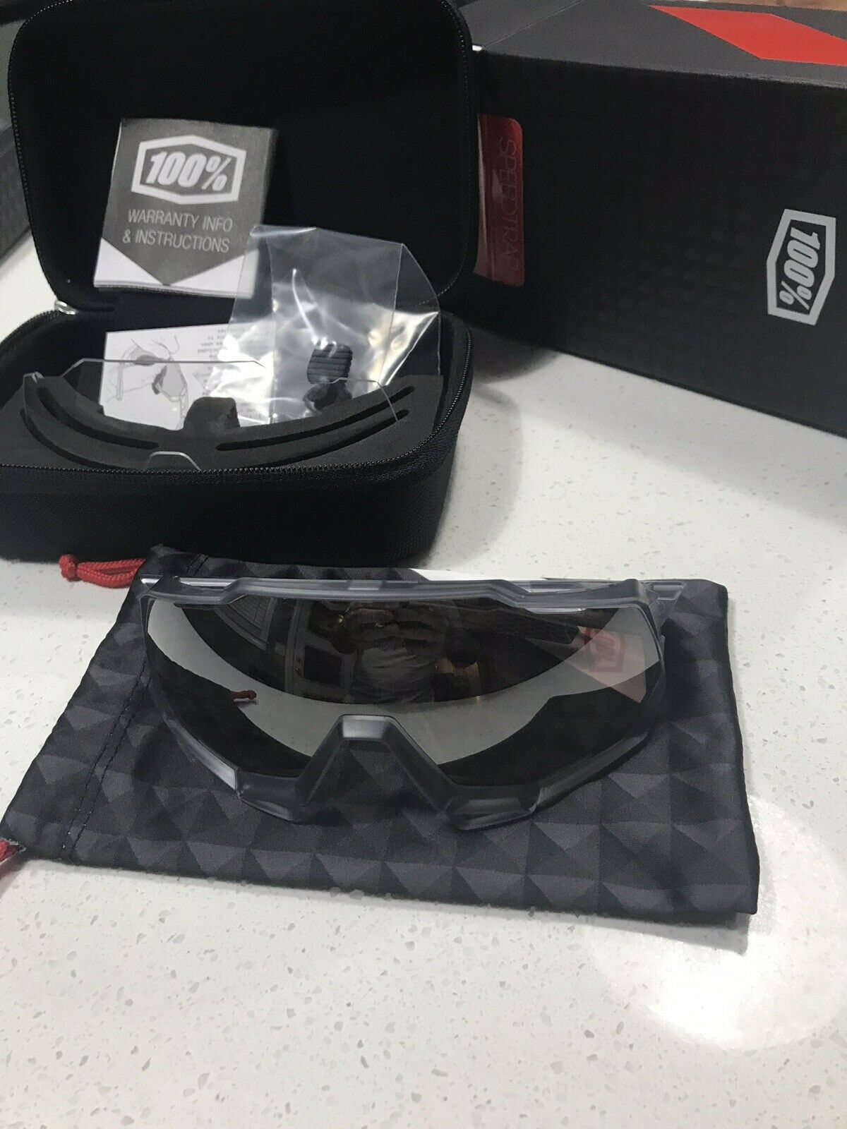 100% Percent Sunglasses  Speedtrap with Extra Lens  welcome to choose